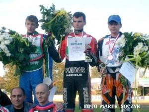 Podium finału IMPN (2007). Stoją od lewej: Cezary Romańczuk, Dariusz Głębocki i Robert Szewczyk