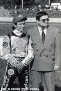 W 1998 roku nowym Prezesem CKM Włókniarz zostaje Marian Maślanka. Na zdjęciu z Sebastianem Ułamkiem
