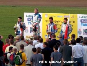 Podium finału MEJ, który w 2007 roku rozegrano na częstochowskim torze